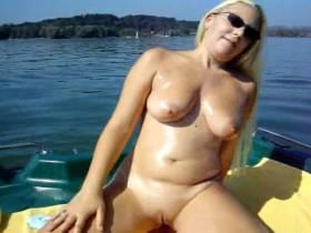 """Vorschaubild vom Privatporno mit dem Titel """"2 heisse orgasmen auf dem chiemsee (TON)"""" von sexymaus5711"""