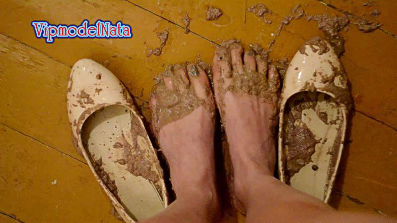 videos-featuring-dont-piss-on-someones-shoes-comic-cartoons-malay