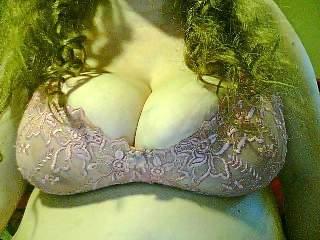 Amateur  Vollbusige100dd auf Privategig Amateur Erotik Community