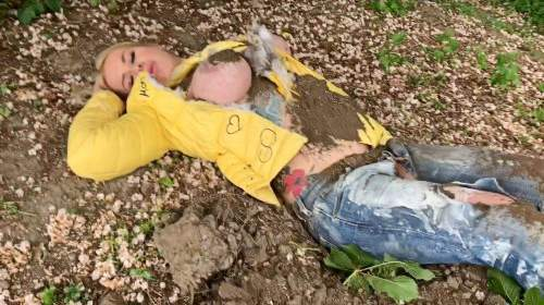 Gärtnerin Sophie - die extrem Eskalation - perversester Fick des Jahres - Piss Farb fetz Sperma Sauerei