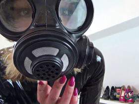 Look into the (gasmask) eyes
