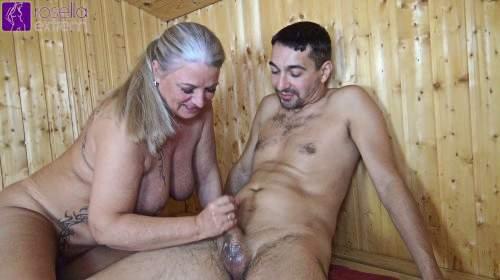 In einer öffentlichen Sauna von einem jungen Saunabesucher gefickt worden! Teil 2