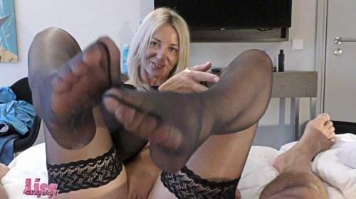 Foot - und WichsJob I Dein Sperma für meine Nylonbeine!Neuer Ordner